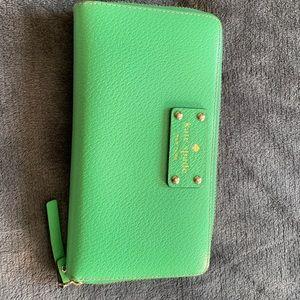Kate Spade Kelly green wallet